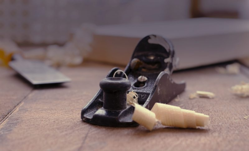 how to plane small pieces of wood