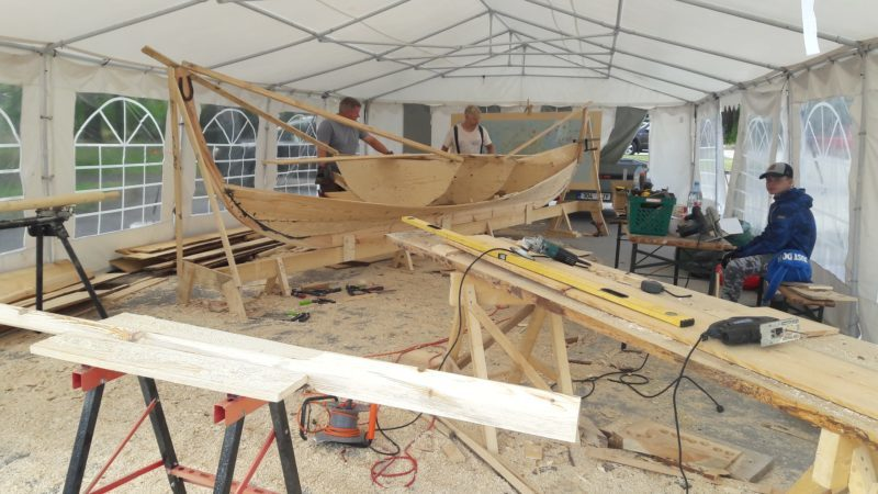 How to waterproof plywood for boat