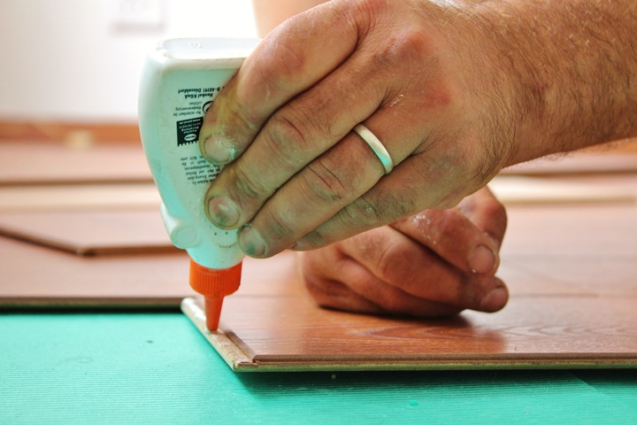 can you stain wood glue
